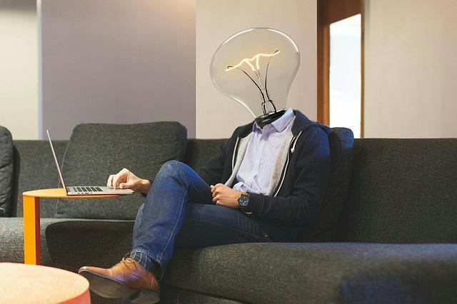 lightbulb 3449671 640