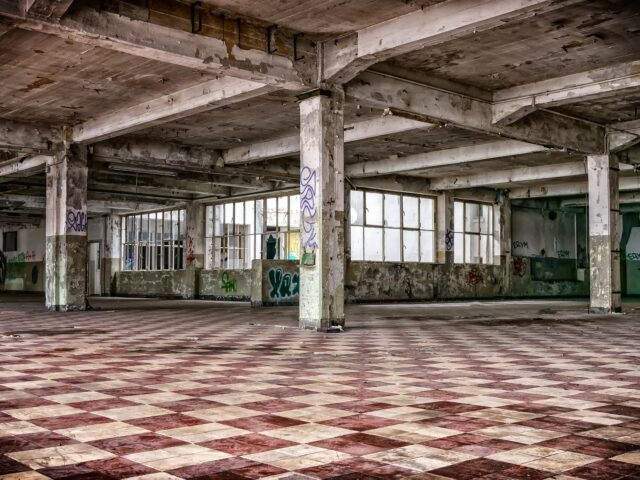 lost places 2963764 1920